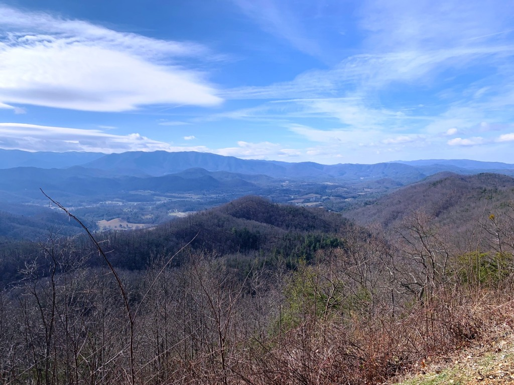 Views of Townsend and the GSMNP from the recent Foothills Parkway extension